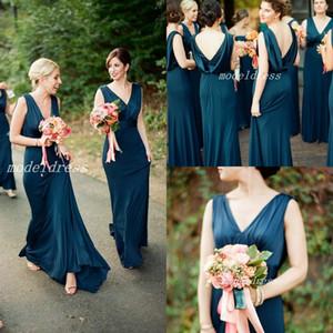 Eleganti abiti da damigella d'onore blu scuro drappeggiato sul retro scollo a V Sweep treno lungo giardino country beach abiti da sposa da sposa damigella d'onore vestito 2019