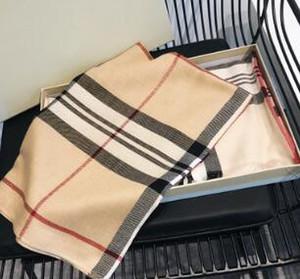 Klasik erkekler ve kadınlar 180 * 70 cm ekose pamuk scarf2018 şal lüks Aand rahat ulaşım maliyetleri ücretsiz