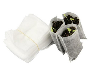 100pcs Hot Patio Jardin / Paquet Fournitures Jardin Protection de l'Environnement Nursery non tissé Pots Sacs Seedling Raising 8 * 10cm Tissus blanc