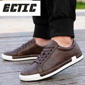 ECTIC 2018 Hommes Chaussures Casual Leathers Chaussures résistant à l'usure souple Haute Qualité Confortable Appartements Baskets Plus La Taille 45 46 DP-57