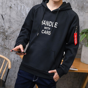LLYGE 2018 der Herbst-Männer T-Shirt Long Sleeve Letter Print Harajuku Male Hoodies beiläufige lose beiläufigen Männer Hoody Pullover