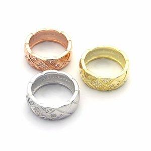 Art- und Weisedame 316L Titanstahl, der Raute überprüftes Diamant-Hochzeits-Verlobungs-18K Gold überzogene Ringe 3 Farbe Size6-9 schnitzt