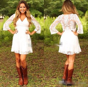 Short Lace Cowgirls Country Wedding Dresses with Sleeves 2018 Modest Vintage Retro Summer Holiday Mini Bridal Reception Dress for Wedding