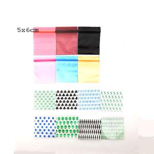 5cm * 6cm 100pcs / lot las bolsas de plástico bolsitas Mini Bolsas con el modelo de la hierba del tabaco envío