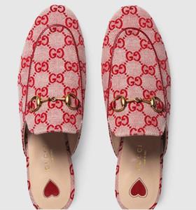 2019 Zapatillas de lona para mujer Zapatillas Mules Zapatilla de cuero real Princetown Bombas bordadas Sandalias Zapatillas Mocasines zapatos