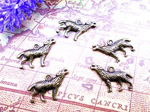 45pcs, Charms Wolf - ottone antico 3D Howling Wolf pendenti di fascino 17x26mm
