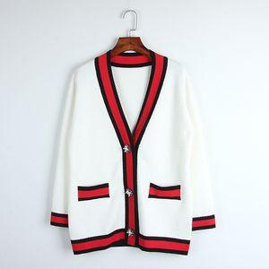 2017 Clásico rojo negro blanco rayas cardigan de gama alta hebilla de perla suelta con cuello en v outwear outwear damas chic top top