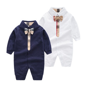 Newborn Baby Kids Cotton Romper Brand Designer Kids Ropa Niños Bowler Bows Tie Lapel Manga larga Monos de manga para bebés 1er Cumpleaños Romper A2338