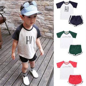 키즈 소년 의류 세트 2018 새 여름 100 % 코 튼 솔리드 민소매 소년 T- 셔츠 + 짧은 인쇄 바지 2pcs 아기 Childern 옷을 설정