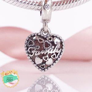 New arrivel 2017 Autumn collection S925 Sterling Silve Love Makes A Family Pendant Fit European Brand Chain Bracelet Jewelry 796459EN28
