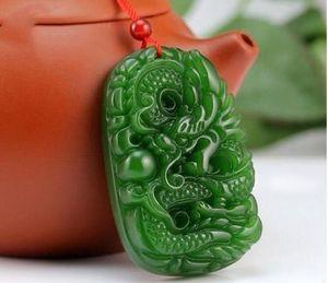 Chinesische natürliche grüne Farbe Jade handgeschnitzten Harmony Dragon Pendant + Seil Halskette