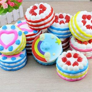 Squishy Strawberry Cake 11cm Langsam steigendes Spielzeug Stress Kuchen Süße Lebensmittel PU Handy Gurt Telefon Anhänger Schlüsselanhänger Spielzeug Geschenk