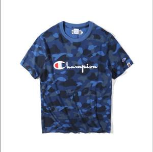 2016 Frühling Sommer Harajuku neue Art Tarnung kooperative T-Shirt Jugend Gezeiten Marke Skate Board Rundhals lose kurze Hülse Gold Stempeln