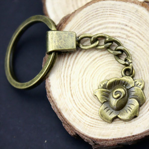 6 Pieces Key Chain Women Key Rings For Car Keychains With Charms Flower 22x18mm
