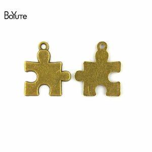 BoYuTe (60 Adet / grup) 20 * 23 MM Çinko Alaşım Antik Bronz Kaplama Metal Bilmecenin Severler Charms Kolye Takı Yapımı için Diy El Yapımı