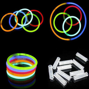 Multi color Hot Glow Stick Pulsera Collares Fiesta de neón LED Luz intermitente Varita Varita Juguete Novedad LED Concierto vocal LED Flash Sticks 300pcs