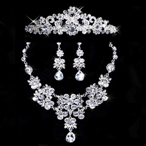 Bridal Jewelry Three-Piece Sets Alloy Necklace Crown Earrings New Wedding Accessories 2018