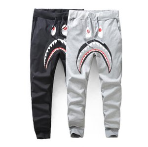 Pantalones de pantalón de tiburón gris oscuro de hombre Pantalones de harén de WGM de moda Pantalones de chándal de invierno de otoño Pantalones largos de chándal para correr Pantalones largos de chándal