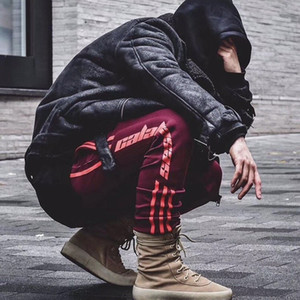 2017 Kanye West Season 4 Sweatpants Calabasas Old School Pants Sweatpants Tres barras Pantalones Moda Hip-hop Joggers Pantalones Deporte HFKZ001