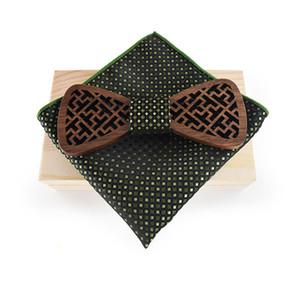 Venda Por Atacado de madeira conjunto de gravata borboleta para mens lenço de bolso de poliéster quadrado para festa de casamento negócio de madeira bowtie presente