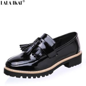 Lala ikai mulheres slip on loafers couro de patente brogues fringe shoes mulher oxford shoes plataforma plana plus size 10 b0080-5