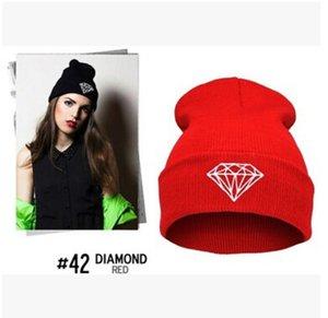 8 색 겨울 모자 모자 비니 양모 남성 여성 모자 모자 다이아몬드 자수 따뜻한 스컬리 Beanies 힙합 니트 모자 패션 모자를 쓰고 있죠