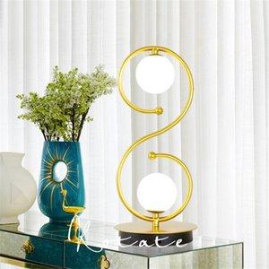 Semplice Casa nordico Comodino lampada creativa degli occhi Protezione lampada curva a S della sfera di vetro Caldo Desk Lamp - L84