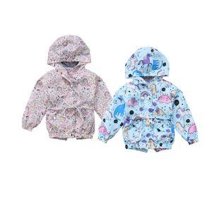 2018 Toddler Kid Baby Girl Unicornio con capucha Outwear Windbreaker Chaqueta de primavera Dinasoue Anime Cute Rainbow Unicorn Clothes