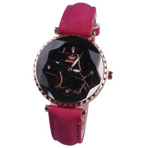 Новый оптовый Престижное женщин Кварцевые часы Pattern Личность Наручные часы Мода Lady Кожа Алмазный набор Созвездие Часы