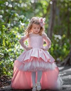 Розовый Высокие Низкие Длинные рукава девушки Pageant платья шнурка Аппликация Ruffles Поезд стреловидности с луком Девушки День рождения Платья