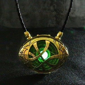 HOT Doctor Strange Necklace Glow in Dark Eye Shape Antique Bronze Pendant with Leather Cord Movie Cosplay Jewelry 220