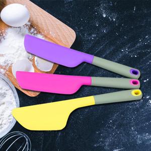 جديد كبير لون عشوائي ملون سيليكون ملعقة مقاومة للحرارة متعددة الوظائف المطبخ الخبز أداة كعكة كريم زبدة سكين