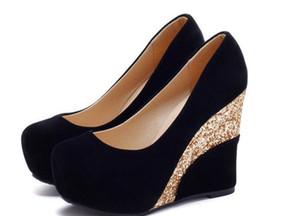 Envío gratis Hot Spring solo zapatos cabeza redonda Coreano Shallow boca zapatos de mujer Talón de la pendiente