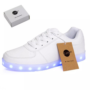 Zapatillas de deporte con diseño de marca LED Light Sneaker de moda para hombre Mujer Niños niño de niño con estilo Slip-on con 11 modos de color