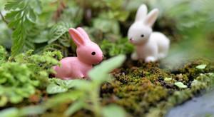 الجنية حديقة مصغرة أرنب أرنب أبيض أو وردي اللون الاصطناعي مصغرة الأرانب الديكورات الراتنج الحرف بونساي الديكورات عيد الفصح الأرنب