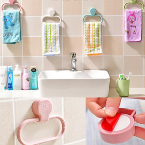 Anneau porte-serviettes de salle de bain 360 Swing support de serviette de chiffon de cuisine en plastique collé sur un support de porte-serviettes mural sans perceuse (blanc)