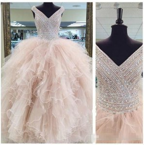 2018 Luxury Real Image Quinceanera Dresses Sweet 16 Years Prom Ball Gowns Beads Crystals Floor Length V Neck Formal Dress Custom Made