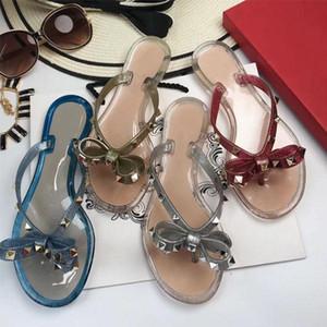 2018 Frauen nieten Sandalen Schuhe Frau Gelee Strand Schuhe Wohnungen sapatos femininos zapatos mujer chaussure femme sapato feminino alias