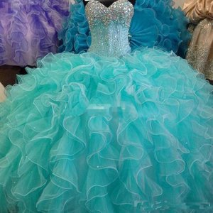 2017 Blu Turchese Quinceanera Abito Ball Gown Sweetheart con perline Backless Cheap Girls 15 anni Quinceanera Abiti Sweet 16 Dresse