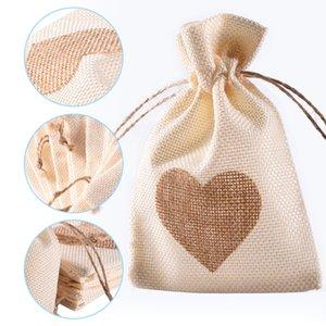 12 Unids / set Bolsa de Favor En Forma de Corazón de Moda de Lino Blanco Con Cordón Regalos de Boda Bolsas de Joyería Bolsas de Caramelo 10 * 14 cm