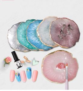 Nuovo arrivo stile giapponese chiodo dorato pezzi di agata tavolozza di colori resina agata per nail art display foto puntelli
