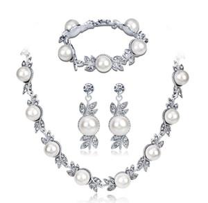 Mode Exquis Mariage De Mariée Robe De Bijoux Ensemble En Alliage De Zinc Perles Fleur Forme Collier Boucles D'oreilles Bracelet pour femmes cadeau D'anniversaire
