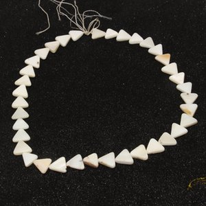 2018 Fashion natural shell triangle semi-finished freshwater oyster shell beadeddiy jewelry accessories