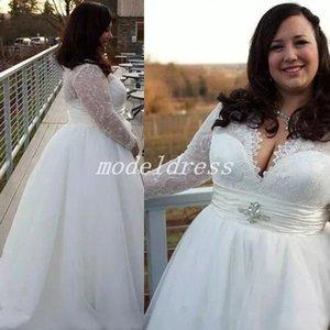 2018 Plus Size Vestidos de Casamento de Manga Longa V Neck Sweep Trem Lace Drapeado Cristal Country Garden Beach Vestidos de Noiva robe de mariée