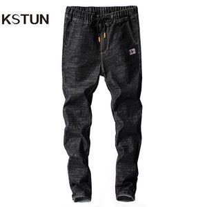 Kstun رجل جينز اليابان نمط ربيع الخريف مرونة الخصر أسود نحيل الرباط الأسود جان الرجل عارضة الدينيم السراويل ركض أوم