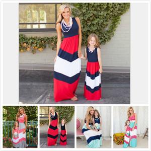 2018 Yaz Anne Kızı Eşleştirme Elbiseler Kolsuz Patchwork Çizgili Renk Uzun Stil Elbiseler Anne ve Kızı Giysi 5 Stilleri