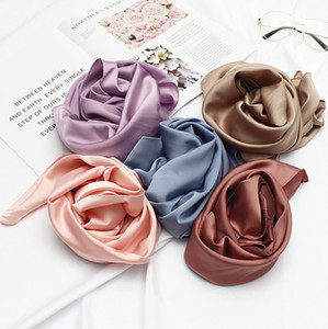 South Korea scarves autumn and winter scarf women Europe and the United States simulation silk scarves printing small square towel wholesale