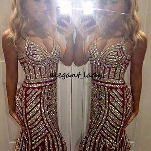 2019 Spaghetti Bling Bling dünne Prom Kleider Sleeveless Zipper Sweep Zug Tüll geschmückt Crystal Straight Party Abendkleider Vestidos