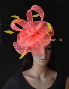 Sinamay loopfeathers ile mercan sarı sinamay büyüleyici şey resmi şapka