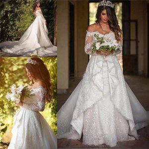 Vintage Lace Wedding Dresses Off Shoulder Long Sleeves Backless Chapel Train Wedding Bridal Gowns Custom Made